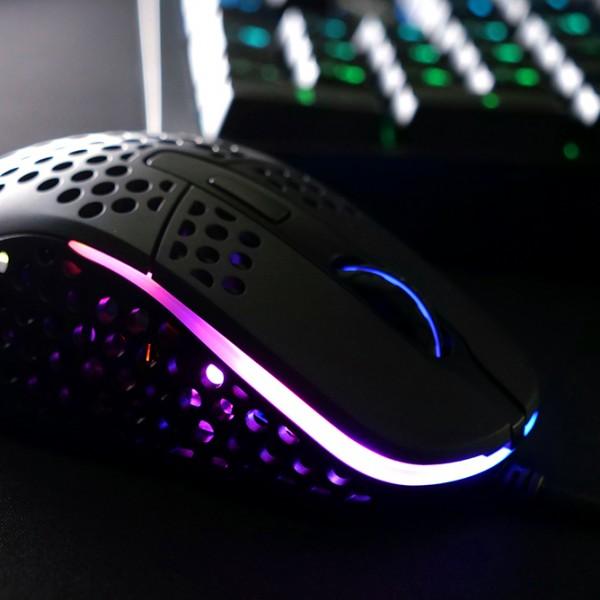Xtrfy M4 RGB  -  Black